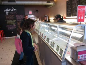 Jenis-Ice-Creams-selections