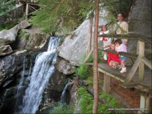 Lost-River-Gorge-and-Boulder-Caves-6