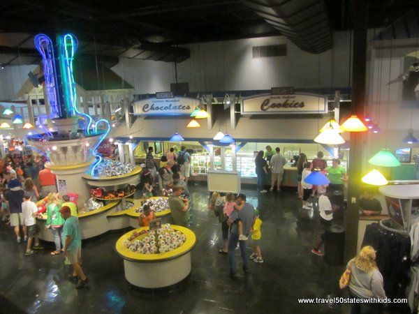 Hershey's Gift Shop and Food Court