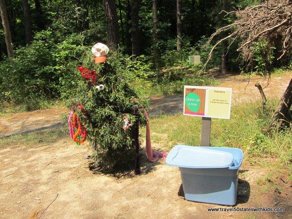 Buckeye Bud's Dress-up Tree