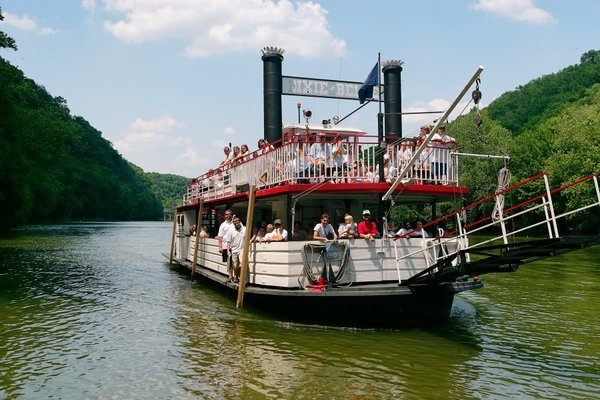 Kentucky – Dixie Belle Riverboat
