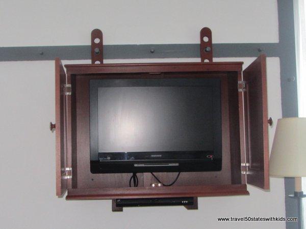 Shaker TV cabinet