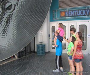 Kentucky-Science-Center-Parabolic-Mirror