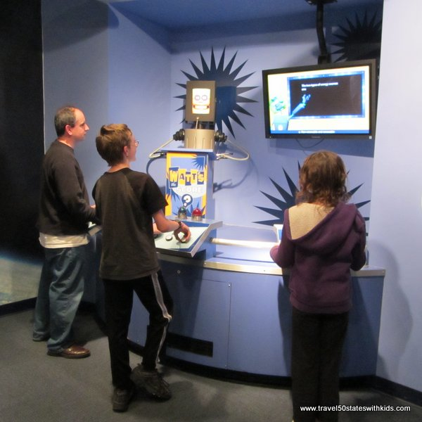 Quiz game at Kentucky Science Center