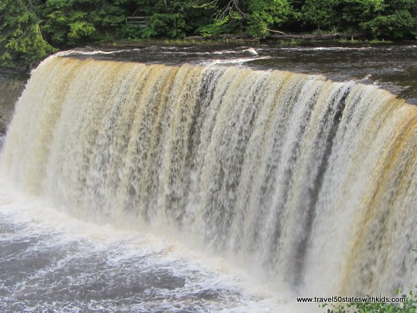 Brink of Upper Tahquamenon Falls