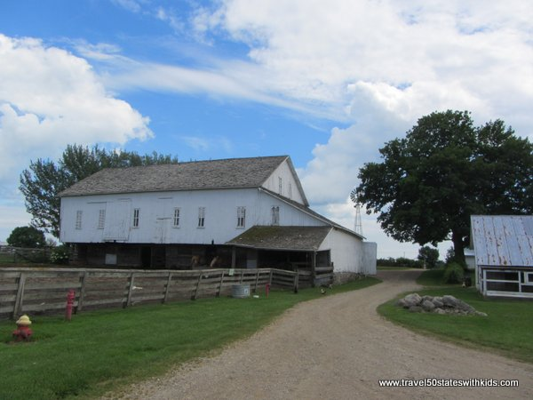 Amish Acres Building 3