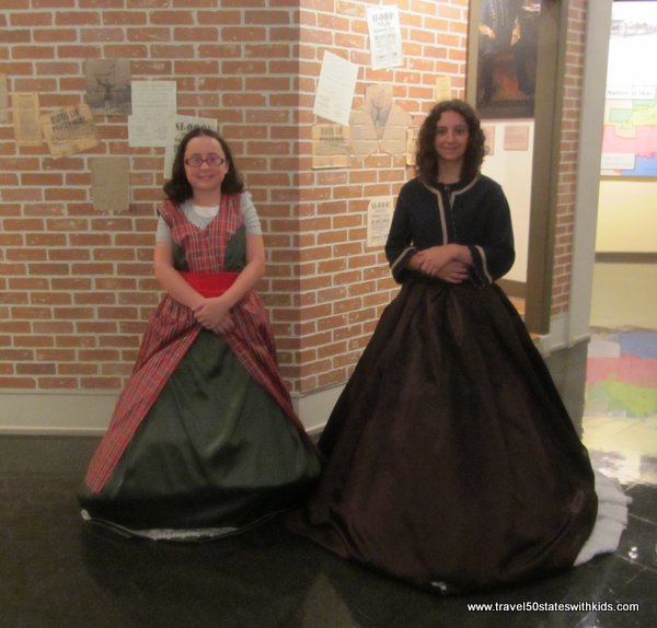 Civil War dress-up clothes at Kentucky Museum