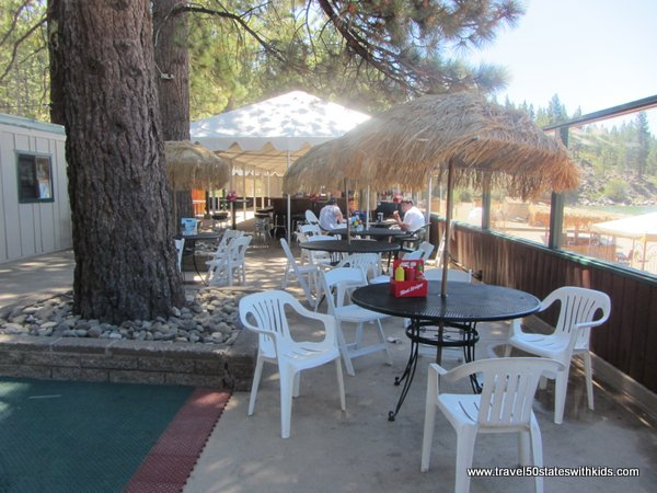 Round Hill Pines Restaurant