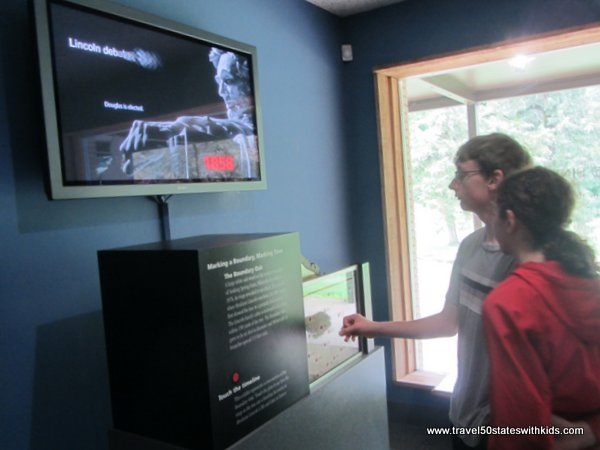Interactive exhibit at Lincoln Birthplace NHP