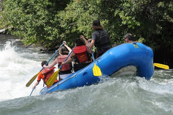 Sun Country rafting