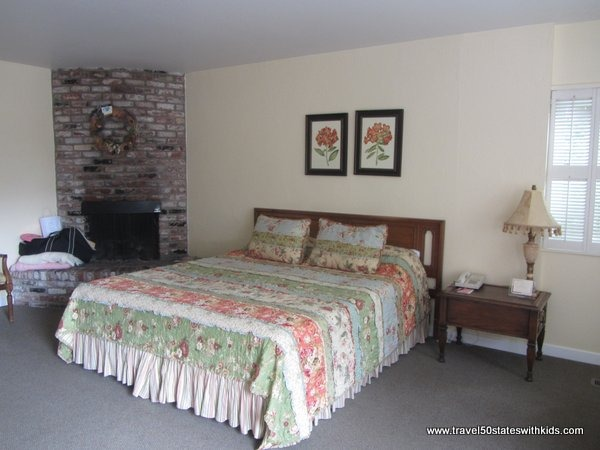 Master bedroom in Family Suite at Hofsas House Hotel