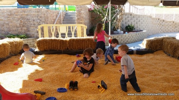 Corn pit - Holiday World