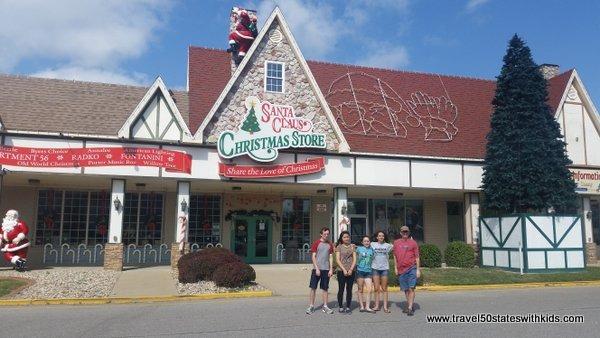 Santa Claus Christmas Store, Indiana
