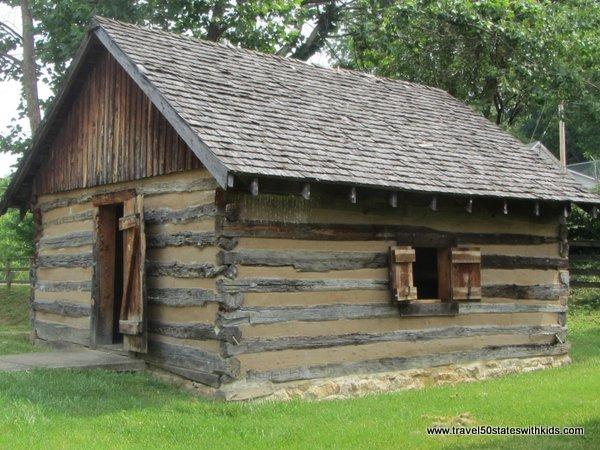 Log Cabin - Old Bardstown Village
