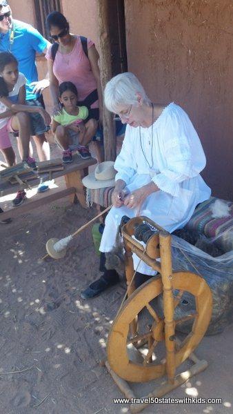 Spinning yarn at El Rancho de las Golondrinas